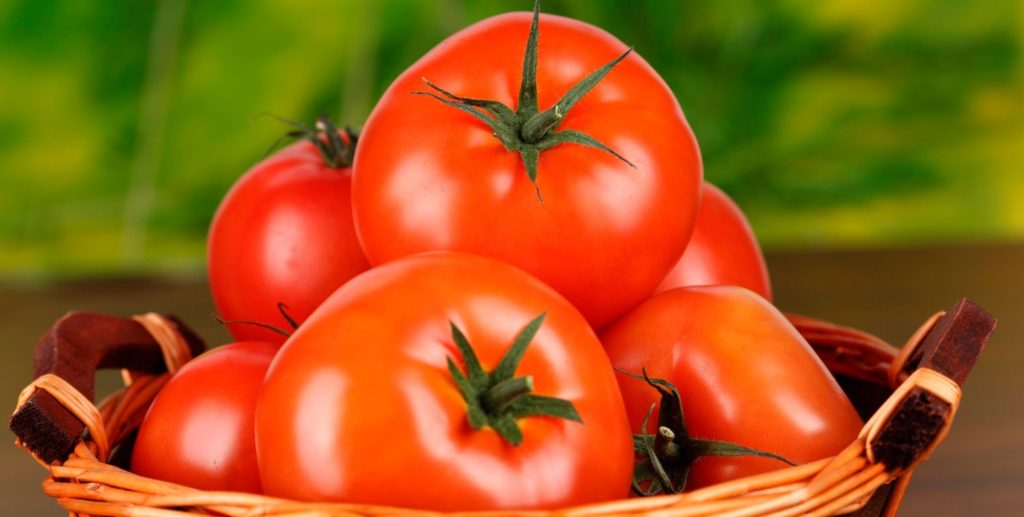 Корзина помидоров примадонна