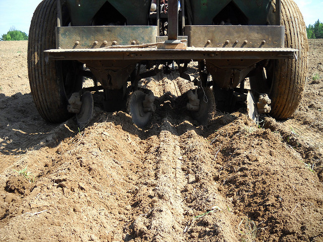Обработка почвы под картошку