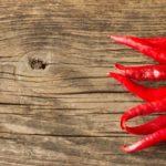 Красный перец Огонек на столе