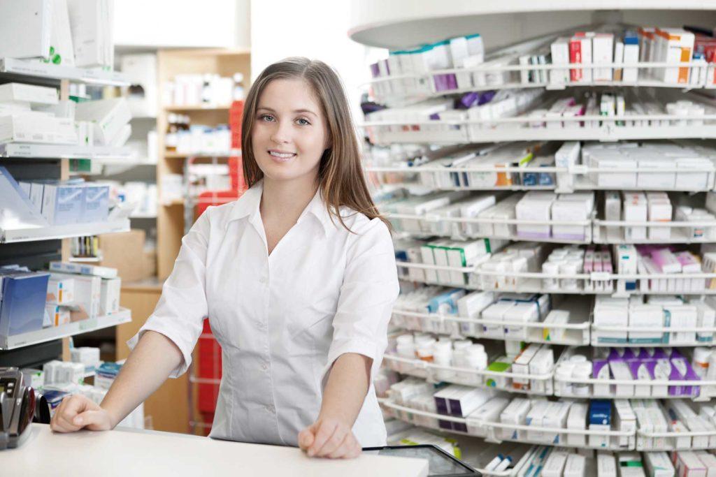 Прилавок аптечного магазина