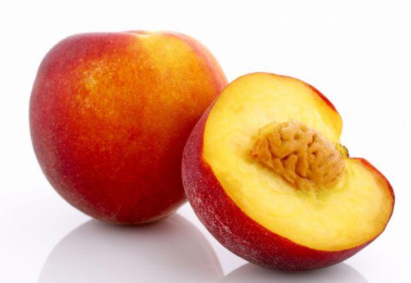 Нектарин - сочный и вкусный фрукт