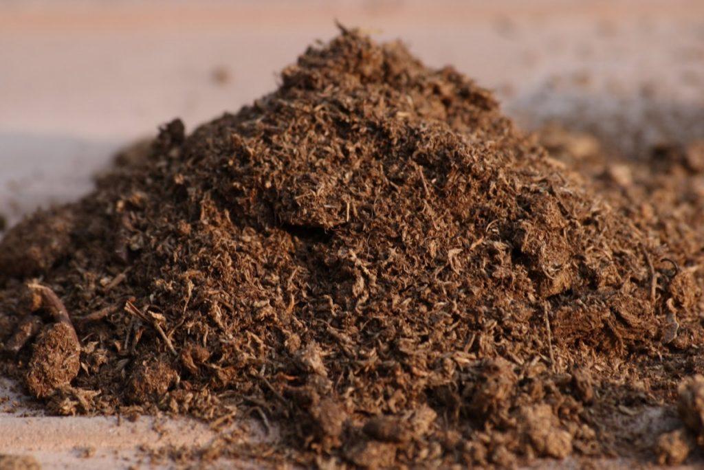 Торф-удобрение для почвы
