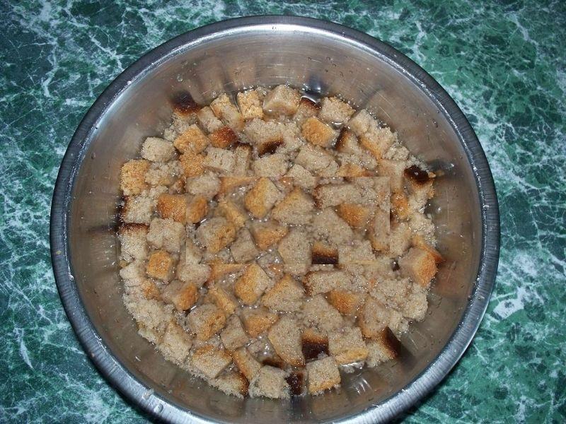 Хлебная подкормка для огурцов