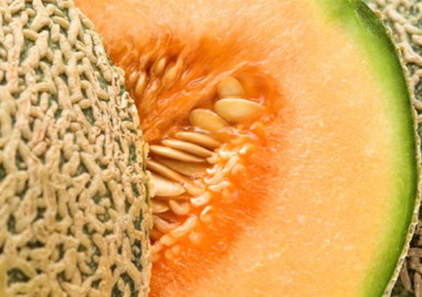 Гибрид Сладкий ананас F1 является раннеспелым сортом