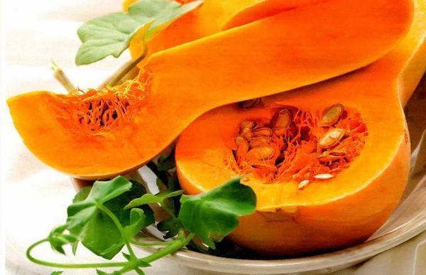 Урожай тыквы собирают осенью