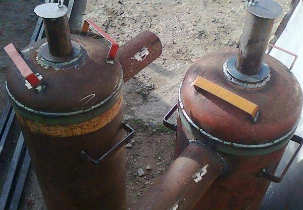 Конструкция из газовых баллонов