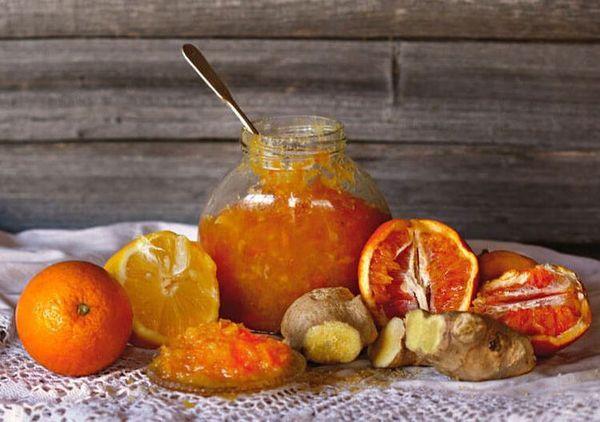 Апельсиновое варенье можно приготовить с имбирем