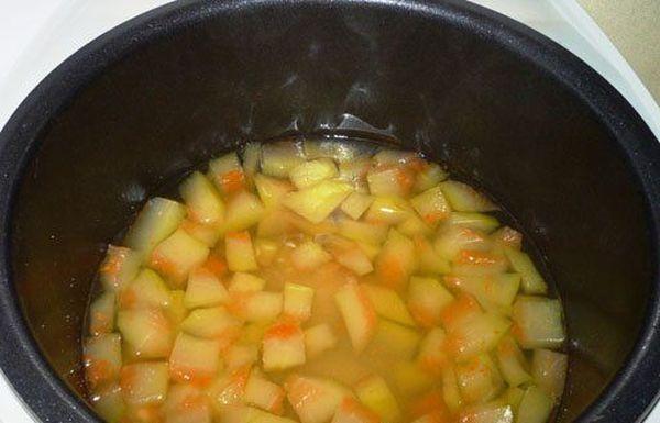 Варенье из корок арбуза можно приготовить в мультиварке