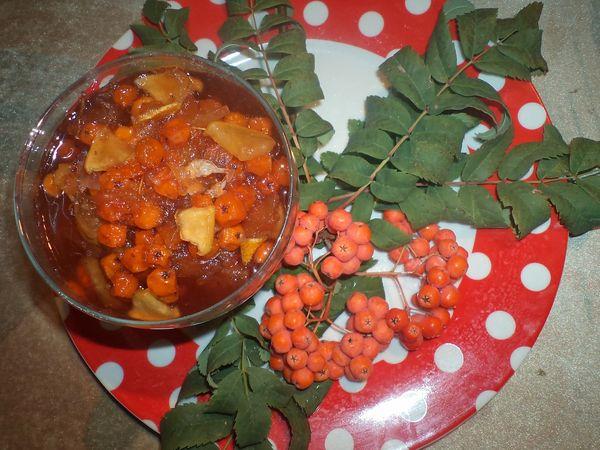 Варенье из красной рябины с апельсинами и орехами