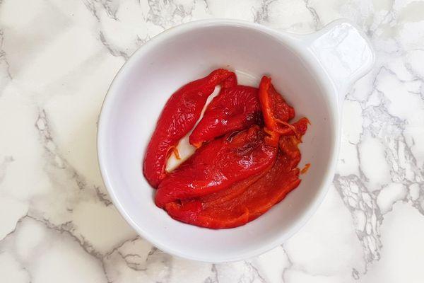 Рекомендуется использовать желтый и красный мясистый овощ
