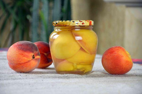 Персики улучшают пищеварение, помогают в борьбе с запорами