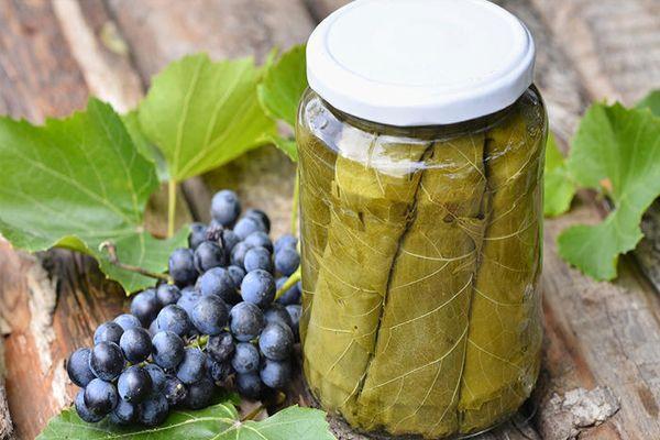 Маринование виноградных листьев